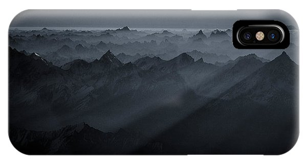 Layer iPhone Case - Sunrise Over The Karakoram by Martin Van Hoecke