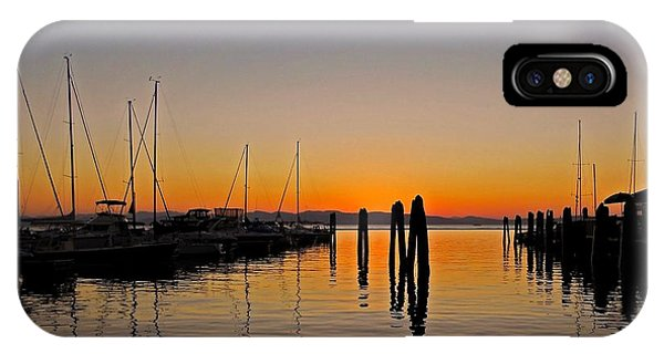 Sonne iPhone Case - Sunset At Burlington Bay - Vermont by Juergen Weiss