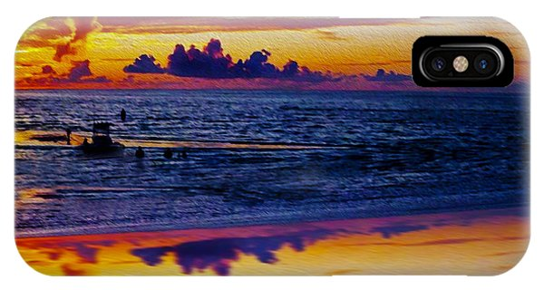 Sunset En Deux IPhone Case