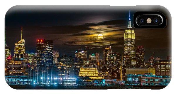 Futuristic iPhone Case - Super Blue Moon 2018, New York City by Hua Zhu