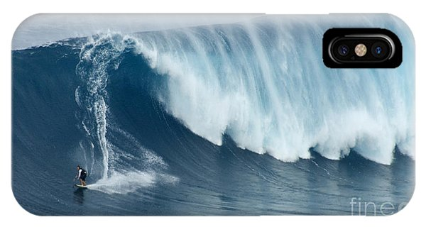 Surfing Jaws 5 IPhone Case