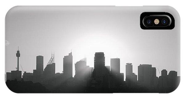Sydney's Evening B/w IPhone Case