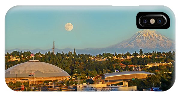 Tacoma Supermoon IPhone Case