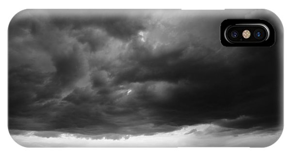 Couple iPhone Case - Talk Under The Sky by Simun Ascic
