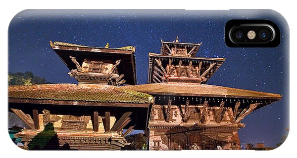 Temple Of Panauti Phone Case by Babak Tafreshi/science Photo Library