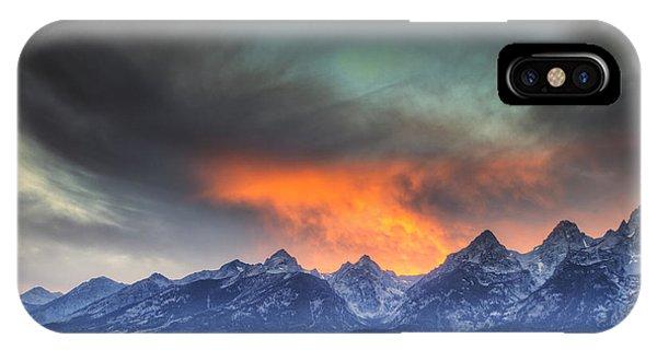 Teton Explosion IPhone Case