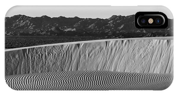 Textures Of Dune Phone Case by Peter Tellone