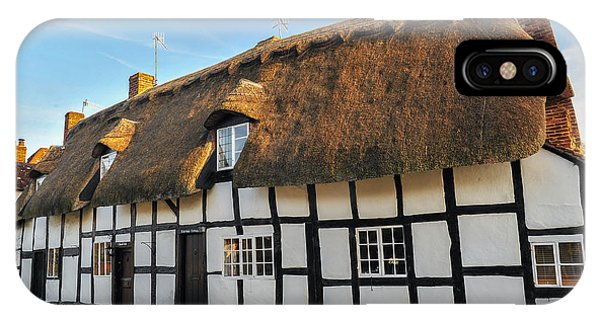 Thatched Cottage Welford On Avon Phone Case by David Ross