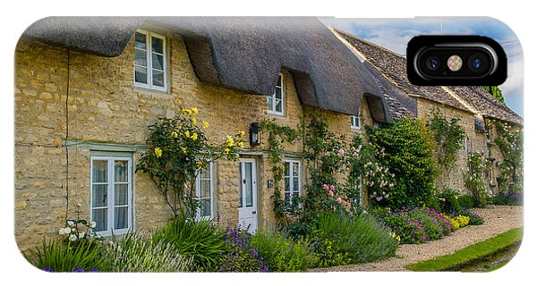 Thatched Cottages Minster Lovell Oxfordshire Phone Case by David Ross