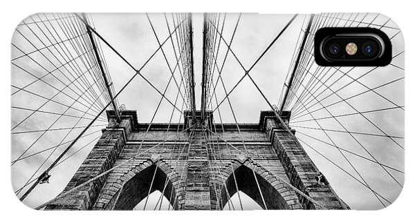 Mono iPhone Case - The Brooklyn Bridge by John Farnan