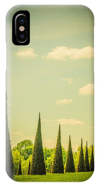 The Knot Garden's Triangular Landscaping IPhone Case