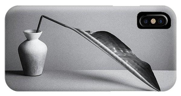 Simple iPhone X Case - The Leaf by Kristina Oveckova