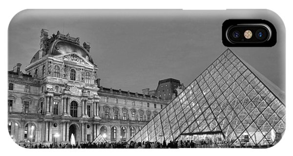 The Louvre Black And White IPhone Case