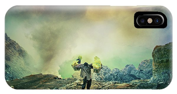 Men iPhone Case - The Man From Green Crater by Ismail Raja Sulbar