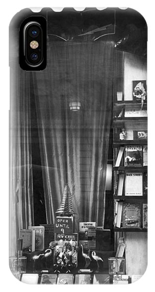 Window Shopping iPhone Case - The New Yorker Book Shop by Underwood Archives