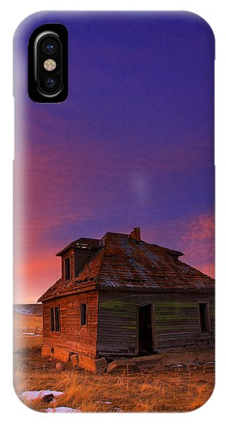 Old Houses iPhone Case - The Old House by Kadek Susanto
