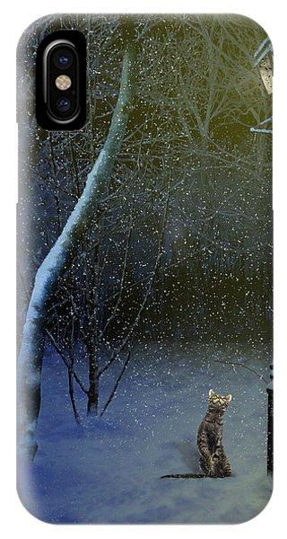 The Snow Cat IPhone Case