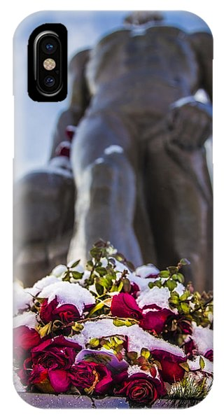 The Spartan With Roses 2 IPhone Case