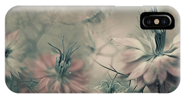 Macro iPhone Case - The Virgins Ll by Heidi Westum