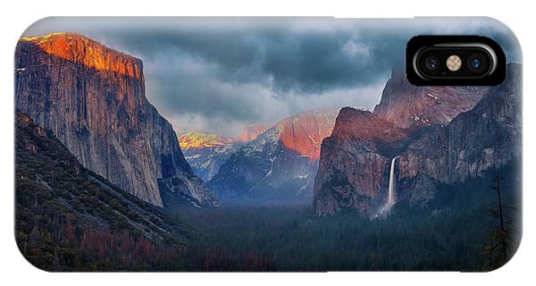 The Yin And Yang Of Yosemite IPhone Case