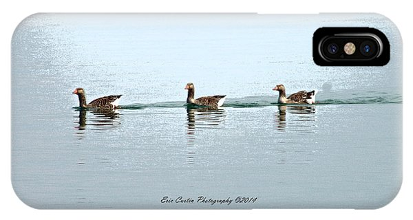 Three Geese A Swimmin Phone Case by Eric Curtin
