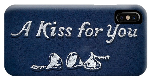 Three Kisses IPhone Case