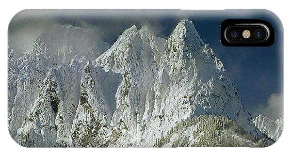 1m4503-three Peaks Of Mt. Index IPhone Case