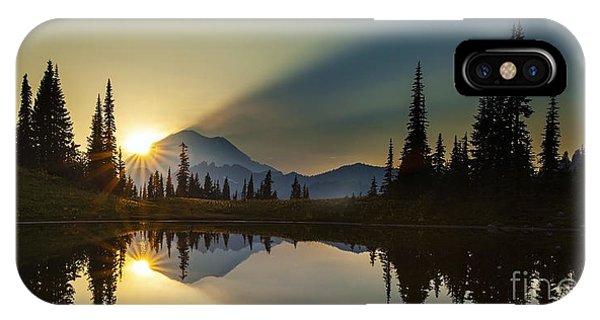 Tipsoo Rainier Sunstar IPhone Case