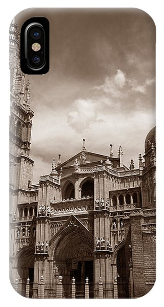 IPhone Case featuring the photograph Toledo Cathedral by Michael Kirk