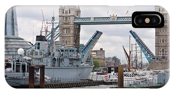 Tower Bridge Opens IPhone Case