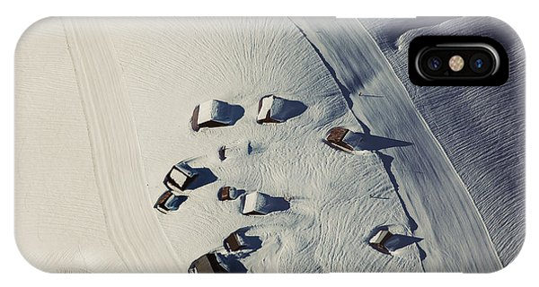 Winter iPhone Case - Tracks by Angyalosi Be?ta