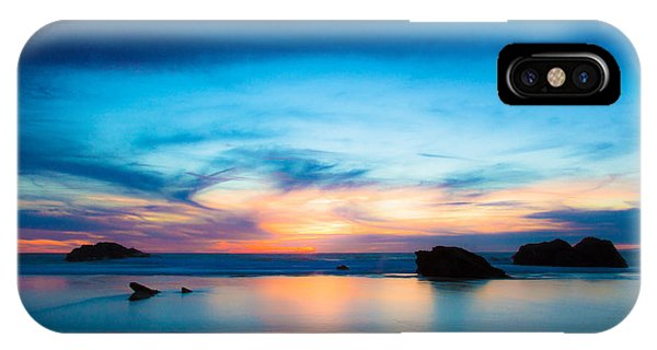 Traveling The Infinite IPhone Case