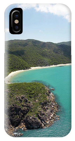 Qld iPhone Case - Turtle Bay, Near Cairns, North by David Wall