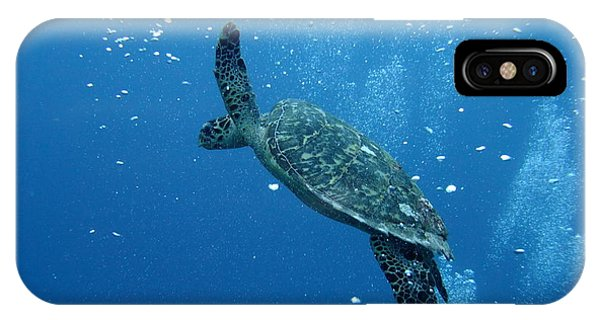 Turtle With Divers' Bubbles Phone Case by Alan Clifford