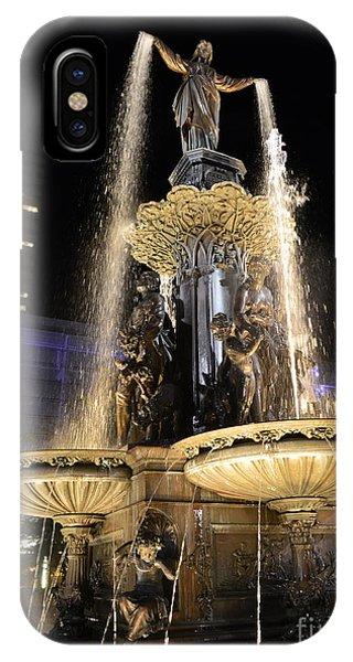 Fx9u-1250 Tyler Davidson Fountain Photo IPhone Case