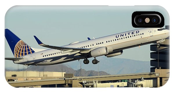 United Boeing 737-924 N69810 Phoenix Sky Harbor December 24 2014 IPhone Case