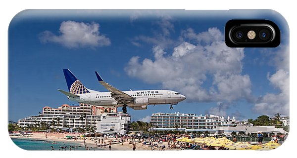 United Low Approach St Maarten IPhone Case