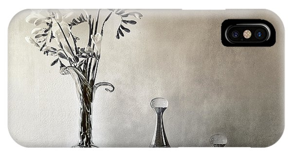 Glasses iPhone Case - Untitled by Elena Arjona