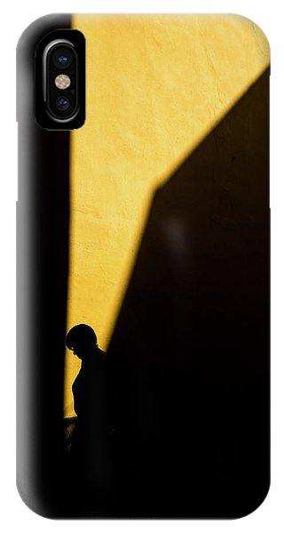 Silhouette iPhone Case - Untitled by Enrico Finotti Re