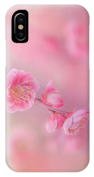 Macro iPhone Case - Untitled by Miyako Koumura