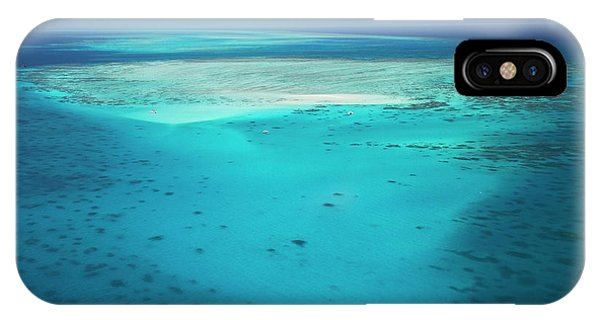 Barrier Reef iPhone Case - Upolu Cay And Dive Boats, Upolu Cay by David Wall