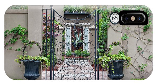 Usa, Sc, Charleston, Historic District Phone Case by Rob Tilley