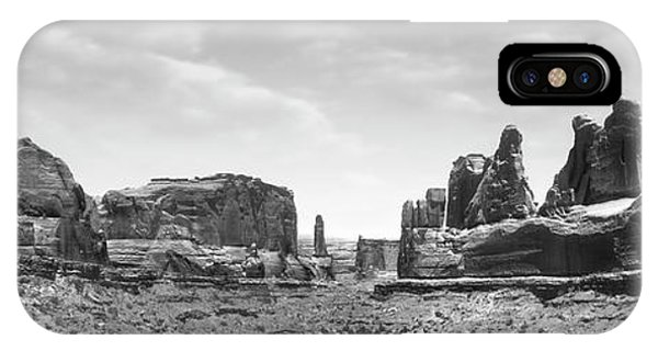 Arches National Park iPhone Case - Utah Outback by Mike McGlothlen