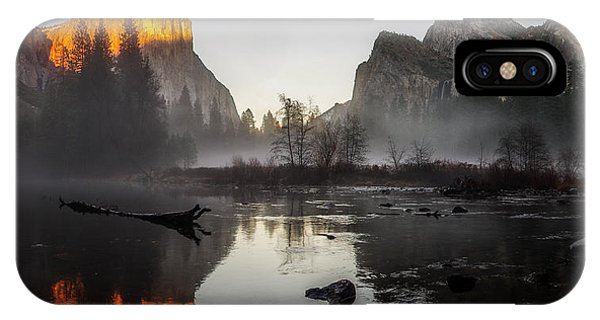 Valley View Yosemite National Park Winterscape Sunset IPhone Case