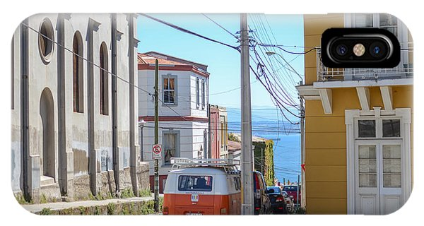 Valparaiso Chile Phone Case by Eric Dewar