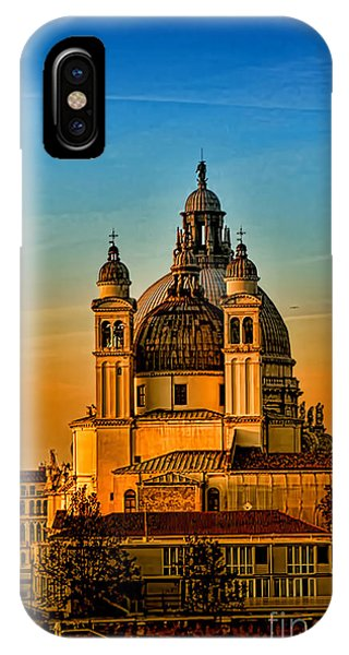 Venezia-basilica Of Santa Maria Della Salute IPhone Case