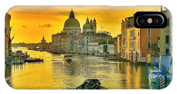Golden Venice 3 Hdr - Italy IPhone Case