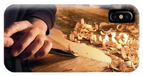 Woodworking iPhone Case - Violin-making Workshop by Patrick Landmann