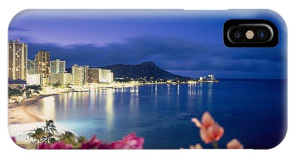 Hawaii iPhone Case - Waikiki Twilight by Tomas del Amo - Printscapes