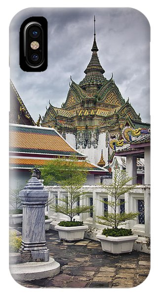 Wat Pho Temple Gardens IPhone Case